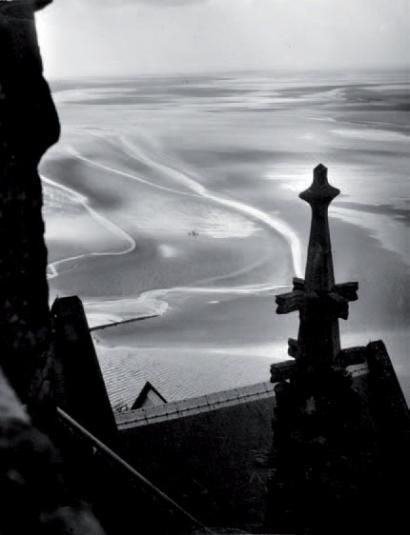 Willy Ronis, Mont St Michel, 1946