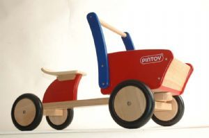 Pintoy Cargo Truck :: Wooden Ride On Toy