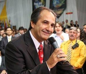 Noticiário de Hoje: Silas Malafaia inaugura templo de R$ 30 milhões