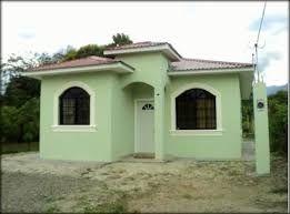 Fachadas de casas en colonias populares