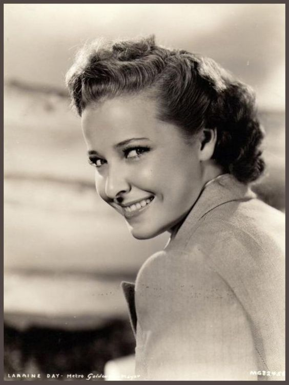 """Laraine DAY '40-50 (13 Octobre 1920 - 10 Novembre 2007) Was an American actress and a former MGM contract star.She was married to Ray Hendricks from 1942 to 1947, then to the baseball manager Leo Durocher from 1947 to 1960, and would often be referred to as """"The First Lady of Baseball"""" She died in Ivins, Utah on Saturday, November 10, 2007 at age 87 from natural causes.  Laraine Day has a star on the Hollywood Walk of Fame at 6676 Hollywood Blvd."""