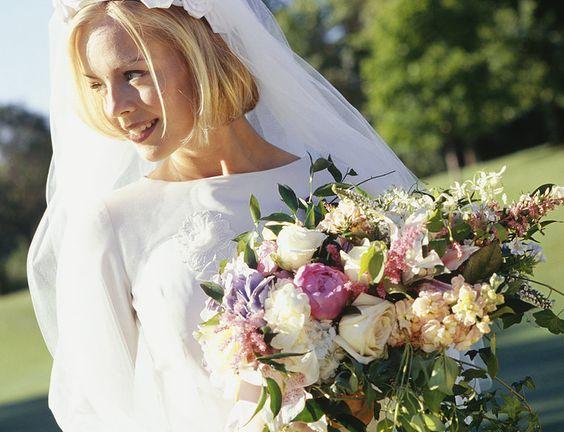 StealTheWedding.com Wedding Consignment Sell My Wedding Dress ...