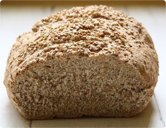 Psomi - Griechisches Brot mit Sesam
