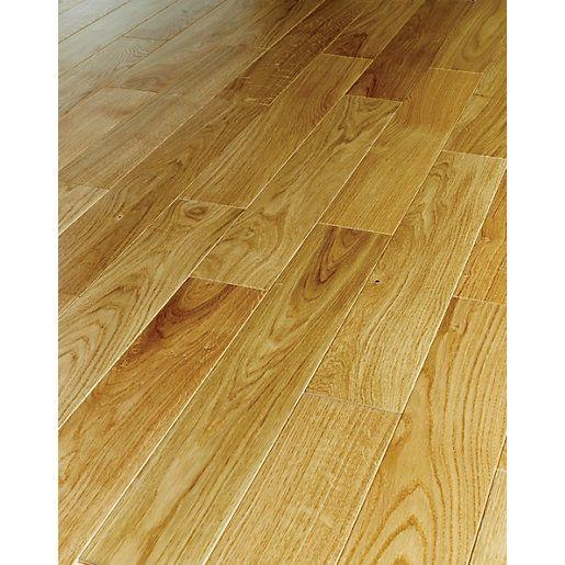 Engineered Wood Flooring A Real Wood Flooring In 2020 Real Wood Floors Flooring Engineered Oak Flooring