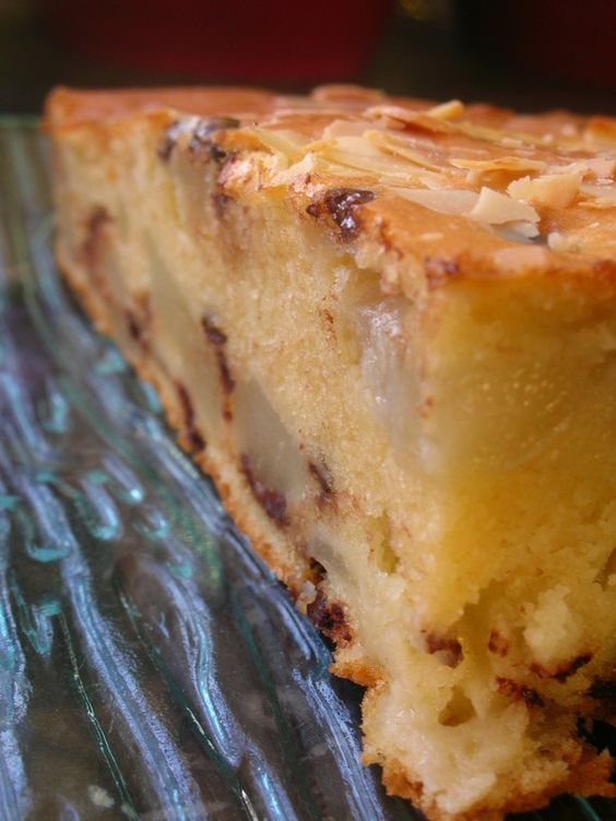 Gâteau Extra-Moelleux aux Poires, aux Amandes et aux Pépites de Chocolat