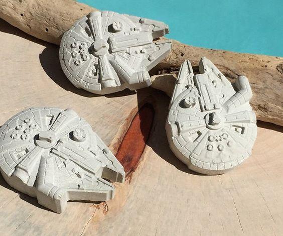 Great Han Solo Millenium FalconConcrete Star von concretegoodies