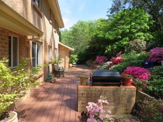 Terrasse avec barbecue et tout ce qu'il faut! #Australie #HomeExchange