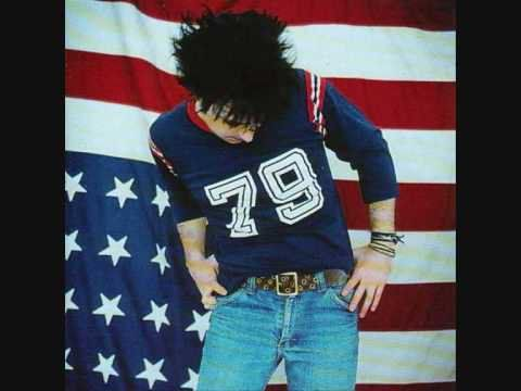 "Pin for Later: 123 Chansons Pour Votre Première Danse ""When the Stars Go Blue"" – Ryan Adams"