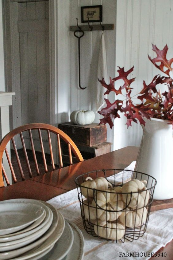 FARMHOUSE 5540: Autumn In The Dining Room