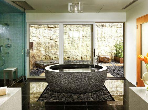 freistehende Badewanne modern stilvoll Flusssteine Deko 4 Bad - freistehende badewanne raffinierten look