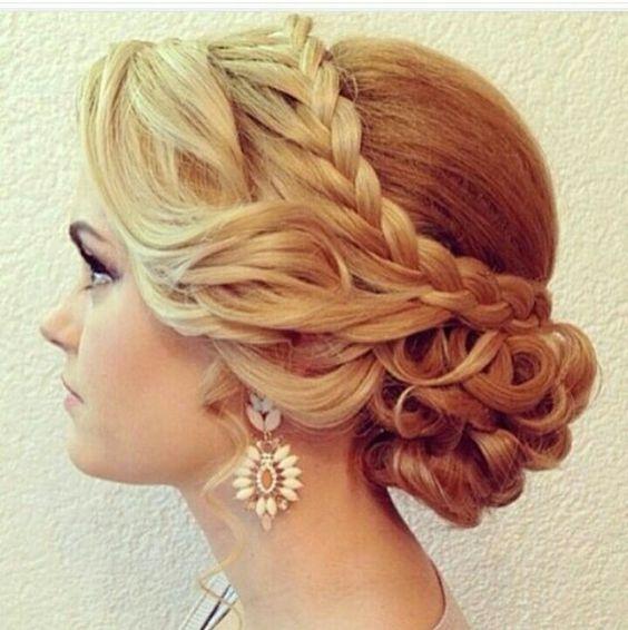 penteados presos com tranças loiras