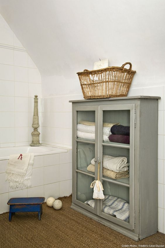 Maison du Morbihan, la baignoire dans la salle de bains