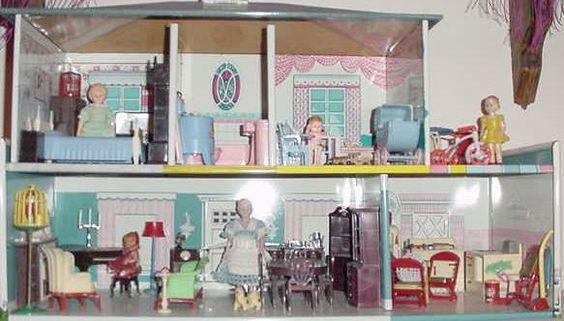 Marx Colonial metal dollhouse