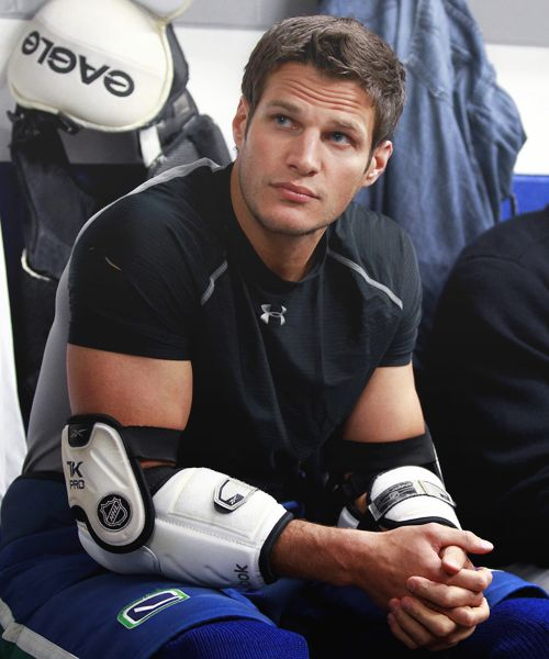 Kevin Bieksa, I just like his last name lol, and well everything abouthim<3: