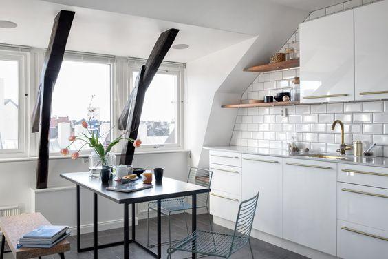 Kitchen with golden details