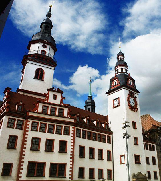 Altes #Rathaus in #Chemnitz, Sachsen; Übernachtungen zu Ostern ab 77€/Nacht/Zimmer; Foto: gravitat-OFF, Lizenz: CC-BY-2.0 (http://creativecommons.org/licenses/by/2.0/), Buchung: http://www.easyvoyage.de/hotels/chemnitz/hotel-saechsischer-hof-234581