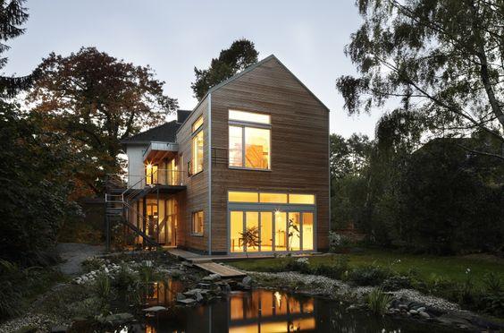 Edles Ambiente im Holzanbau von Baufritz