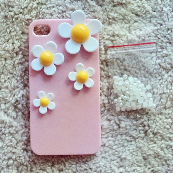 White Daisy Flower Flower Iphone Case Kit  Do it your by minicutie, $6.99