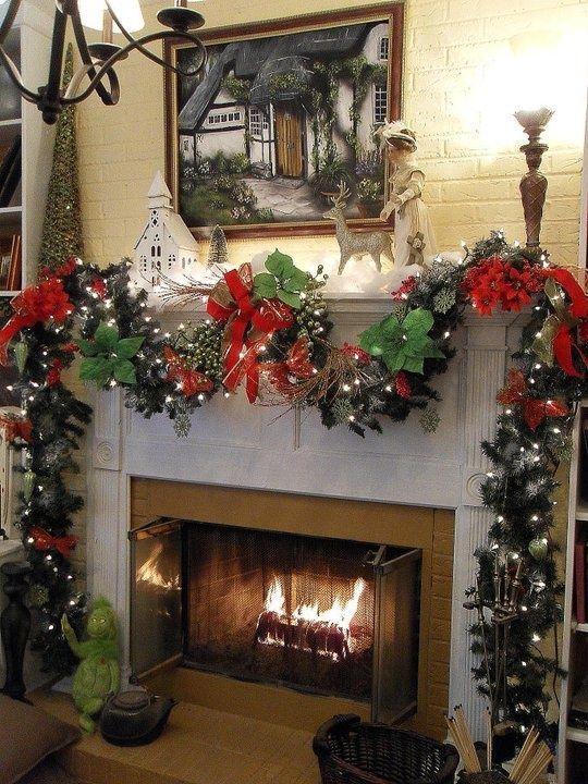Christmas Chimney Deco Christmas Fireplace Christmas Interiors Chimney Decor