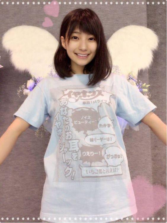 天使の羽根と高野麻里佳さん