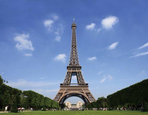 Ein Job im Ausland zu finden kann Kopfzerbrechen bereiten! EuroRekruter gibt Ihnen einige Tipps um die Suche zu erleichtern.  http://www.eurorekruter.com/blogs/2/bdv2vl-jobs-in-frankreich-und-paris-finden