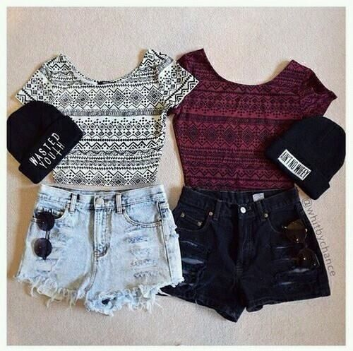 Image via We Heart It https://weheartit.com/entry/156333036/via/7679953 #beautiful #black #clothes #cute #fashion #inspiration #life #outfit #red #tumblr #white