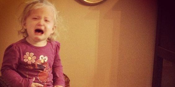 Wie man Kinder erzieht, die nicht weinerlich und nervig sind