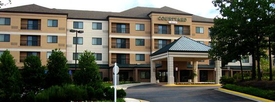 The Courtyard by Marriott Springfield hotel is located roughly 4 miles from Fort Belvoir.