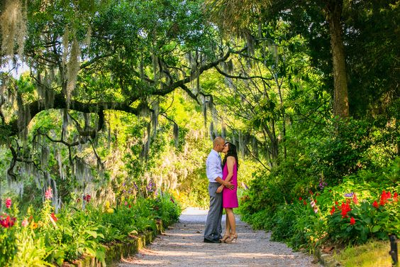 Colorful Engagement Photos | Diana Deaver Photography | Reverie Gallery Wedding Blog