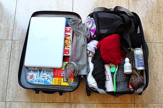 Hành lý cá nhân cần gọn nhẹ và nên để ý trong chuyến du lịch