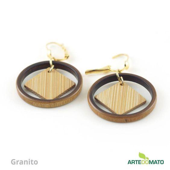 Granito - Brinco em bambu e ouro  Parcelamos em 3x sem juros. Frete grátis para todo o Brasil. http://ift.tt/21D8D0r #artedomato #ecojoia #biojoia #feitoamao #sustentavel #bambu #handmade #bamboo #greenfashion #ecofashion #ecofriendly by artedomato.cg