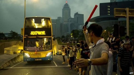 Protesters blockading key parts of Hong Kong have accepted talks with the government, hours after Chief Executive CY Leung rejected calls to step down.