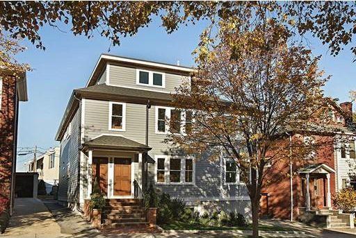 90 Lawton St Unit 2, Brookline, MA 02446 - Home For Sale and Real Estate Listing - realtor.com®