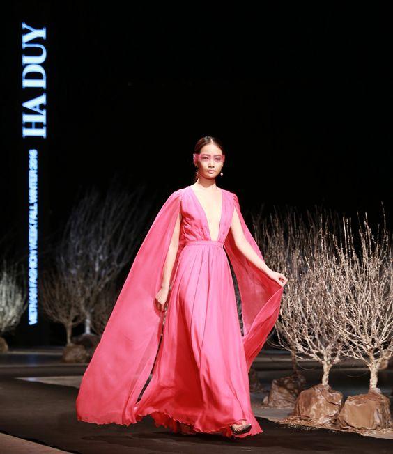 Vietnam Fashion Week FW16. Ready to wear. Designer : HA DUY. Photo : Cao Duy