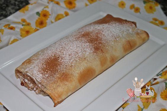 Rocambole de banana com massa de pastel