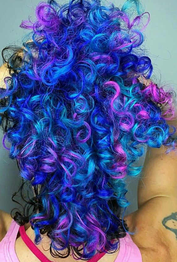 Blue purple mixed dyed curly hair @iroirocolors