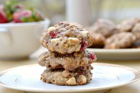 white-chocolate strawberry oatmeal cookies