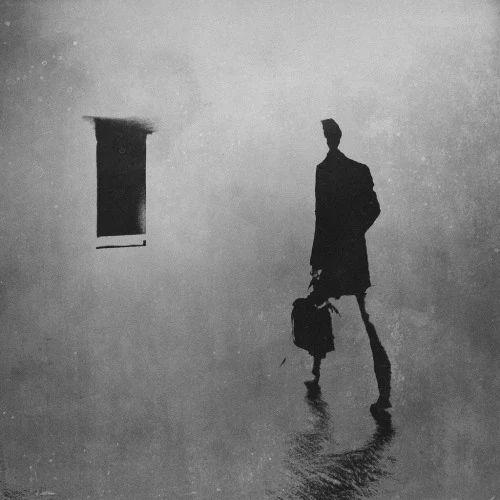 """""""Soy egoísta, dicen, y lo reconozco. Sólo pienso en mi, no hago más que quejarme, sin pensar en que los demás también sufren… Pues si también sufren y quieren acabar con esa agonía, ¿qué coño estamos haciendo?, ¿por qué no nos ponemos de acuerdo y lo cambiamos todo? ..."""" Emil Cioran"""