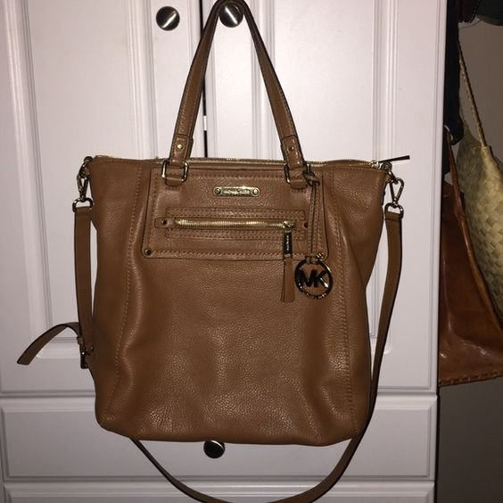 Brown leather MK bag Pre loved Supple brown leather Michael Kors, signs of wear but in excellent condition, bag 100% AUTHENTIC, use offer button Michael Kors Bags Shoulder Bags