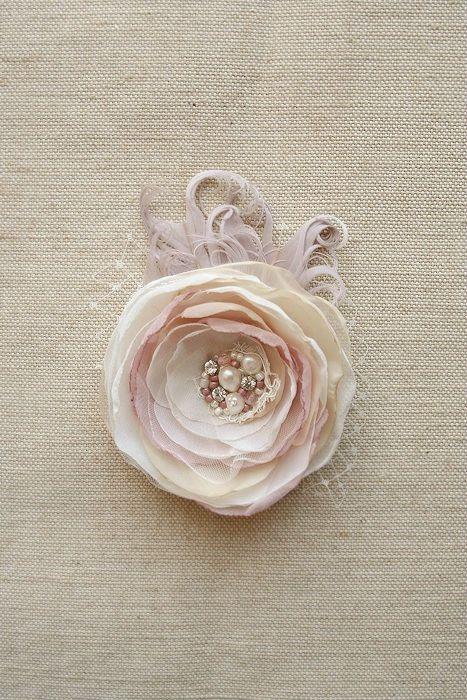 Hochzeit Haar Blume Clip Braut Haarteil Braut von BelleBlooms