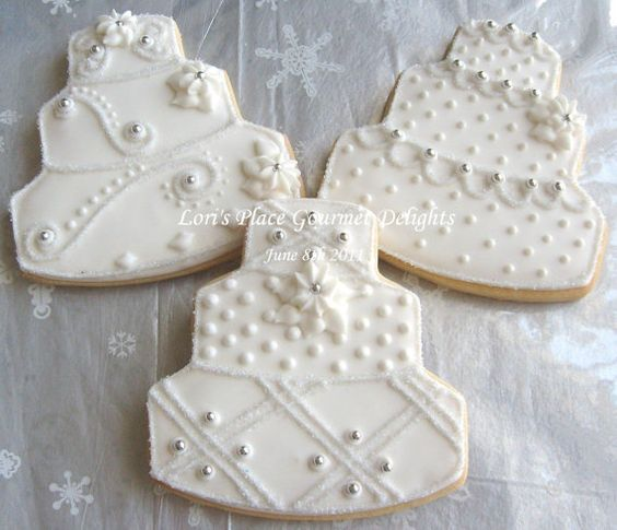 Decorated Wedding Cake Cookies