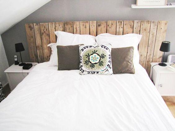 tête de lit en bois, pour une ambiance douce et cosy