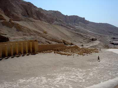 Al Deir Al Bahari Tempel