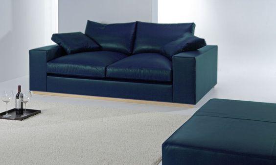 Divano moderno bergamo colore azzurro produzione for Divano azzurro