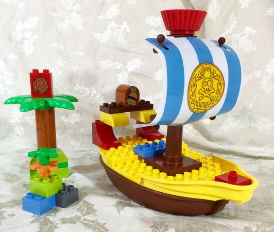 LEGO Duplo Jake's Pirate Ship Bucky (10514) Parts #LEGO