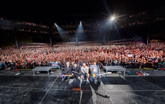 7.11.15 Tinley Park, IL @ First Midwest Bank Amphitheatre - Boys of Zummer