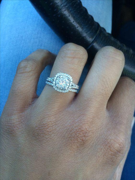 Loving my new Neil Lane wedding rings!! ❤️ Thanks @Jose Gutierrez' L. Young