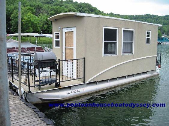 small houseboats small pontoon houseboats
