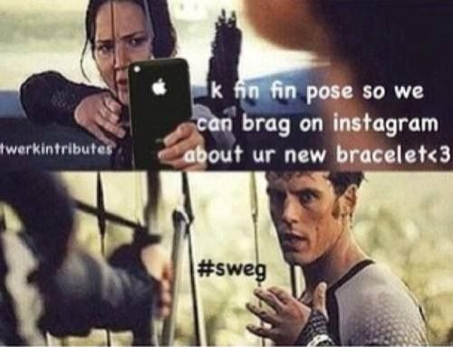 Lol haha funny pics / pictures / Hunger Games Humor / Catching Fire / Katniss / Finnick / Clothes / Instagram