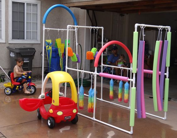 Kid's Car Wash- Easy to make, crazy fun outdoor play!  Lowe's Creative Ideas has the directions.
